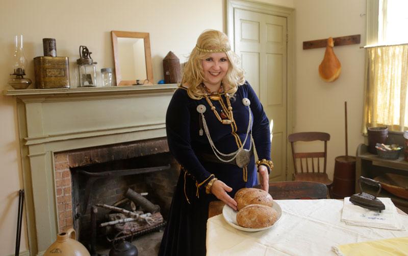 Lianne Harris Historica